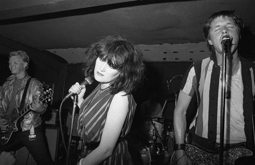 Exene-Cervenka-and-X-female-rock-musicians-15934293-500-325